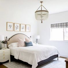 This guest room from the #foothilldriveproject is just inviting people to overstay their welcome!!!! It's perfectly serene. Can you even believe it's a basement? (Checkout more of this space on the blog today!)