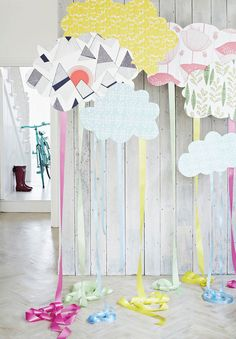 Clouds on balloons to make them float. Great party decorations or photo booth backdrop diy ideas. Kids Crafts, Diy And Crafts, Craft Projects, Kids Diy, Craft Ideas, Lila Party, Festa Party, Ideias Diy, Diy Ribbon