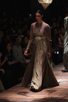 Sabyasachi at Lakmé Fashion Week Winter/Festive- 2016 | VOGUE India