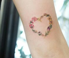 Discovered by 🦋~Aɭɭ Tɧҽ Lɷѵҽ~🦋. Find images and videos about pink, flowers and tattoo on We Heart It - the app to get lost in what you love. Heart Flower Tattoo, Flower Wrist Tattoos, Finger Tattoos, Love Heart Tattoo, Mini Tattoos, Sexy Tattoos, Body Art Tattoos, Cute Tattoos, Tatoos