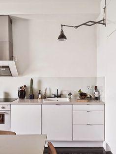 #lamp #succulents #minimalistic #nordic #interior @nordicstylemag