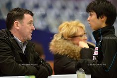 (L to R) Brian Orser (CAN), Yuzuru Hanyu (JPN), .FEBRUARY 8, 2013 - Figure Skating : The ISU Four Continents Championships 2013, Mens Singles Practice at Osaka Municpial Central Gymnasium, Osaka, Japan. (Photo by Jun Tsukida/AFLO SPORT) [0003] .