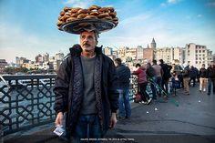 #istanbul #galata #turkey #daily #streetphotography #canon #simit #street #saler #sale