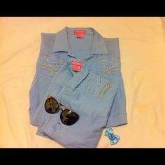 Vintage Jacket & Pants Sky Blue color. Beautiful detailing on pockets. Cropped Jacket. Flared pant legs. Stretch material. Size runs smaller. Tags say XL but fits like a medium. Feel free to contact me for measurements. Luun Luu Jackets & Coats