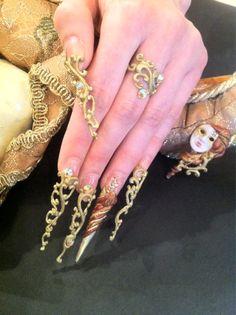 Very unique sculptured nails ; Crazy Nail Art, Crazy Nails, Fancy Nails, Cute Nails, Weird Nails, Crazy Nail Designs, Beautiful Nail Designs, Nail Art Designs, 3d Nails