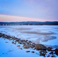 Winter skiy over the Mississippi River.  photo by @lyndseylkaiser  on Instagram #GetToGalena