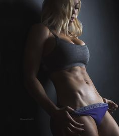 WBFF Pro Certified PT Registered Nurse Snap: LaurenDrainFit NYT Best Selling Author Booty Building Guides Below Fitness Plans↓Biz↓Email