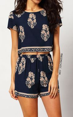 Navy Short Sleeve Leaves Print Crop Top With Shorts Suits
