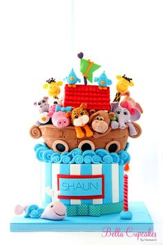 Noah's Ark Cake - ok just the cutest baby shower cake ever! Noahs Ark Cake, Noahs Ark Party, Noahs Ark Theme, Pretty Cakes, Cute Cakes, Fondant Cakes, Cupcake Cakes, Kid Cakes, Fondant Bow