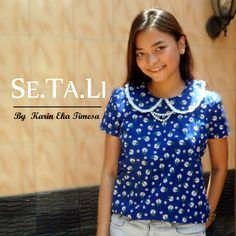 Simple vintage blouse Se.Ta.Li blue daisy #vintageblouse #sewingproject #peterpancollar #simpleblouse