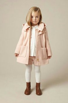 d4df445e0 Chloe Kids, Fall/Winter is another classic, upscale, yet wearable  collection from this veteran label of not only kidswear but the parent  womenswear label.