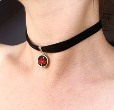 Ribbon Choker, Flower Choker, Jewelry Tattoo, Stainless Steel Earrings, Black Choker, Velvet Ribbon, Black Velvet, Red Roses, Stitches