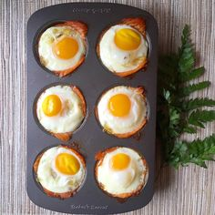 Smoked Salmon Egg Cups | www.thealiconklin.com (trade dijonnaise for Whole30 hollandaise to make it compliant and give it an eggs Benedict twist)