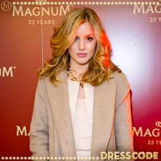 Made in Chelsea stunner Caggie Dunlop works the Magnum carpet #MagnumDressCode