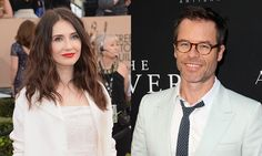 Game of thrones' Carice van Houten is Dating Actor Boyfriend Guy Pearce The Couple also has a Child together and as per the latest News they might get Married soon. Italian Baby Names, Mike Young, Guy Pearce, Got Characters, Becoming A Father, New Daddy, Pregnant Celebrities, Old Actress, Mother And Baby