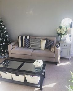 It's my Xmas do tonight!! So excited still have nothing to wear!! Can't wait for a gin & tonic!! #homedecor #homeideas #xmas #winter #myhomestyle #livingroominspo #livingroomdecor #livingroom #greylivingroom #shabbychic #shabbychicdecor #secondhandfurniture #gumtree #lauraashley #cosyhome #cosy #interiordesign #interiør #interior #interiorandhome #interior4all #interiores #interiorstyling #interior123 #firsthome #gotitongumtree