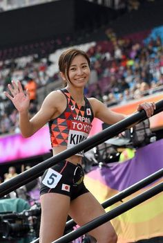 Yoga Pants Girls, Girls In Leggings, Japanese Lifestyle, Little Girl Swimsuits, Beautiful Athletes, Olympic Athletes, Muscle Girls, Track And Field, Athletic Women