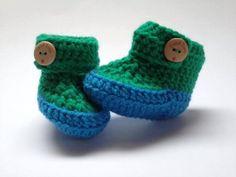 Gehaakte baby slofjes in baluw met groen. door DutchDivaKollum, $13.50