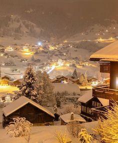 Wonderful Places, Beautiful Places, Beautiful Pictures, Grindelwald Switzerland, Voyager Loin, Vintage Inspiriert, Destination Voyage, Winter Scenery, Christmas Aesthetic