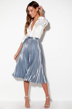 Pretty Pleats Light Blue Metallic Pleated Midi Skirt 32 Classy Pleated Dress Outfit Ideas For Fall And Winter Season : Pretty Pleats Light Blue Metallic Pleated Midi Skirt 32 Classy Pleated Dress Outfit Ideas For Fall And Winter Season Blue Skirt Outfits, Girly Outfits, Mode Outfits, Dress Outfits, Fashion Outfits, Women's Skirts Outfits, Steampunk Fashion, Gothic Fashion, Pleated Skirt Outfit