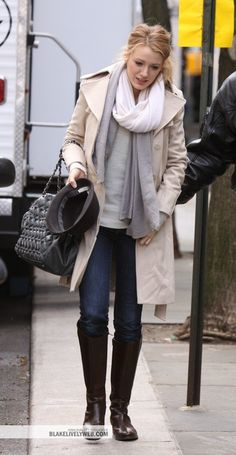 Blake Lively's Casual Winter Outfit. Cute!