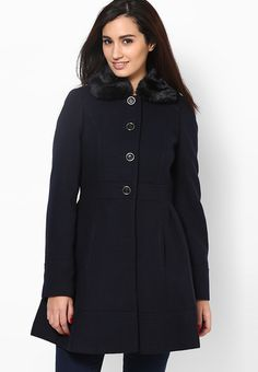 Stand out from the rest of the crowd wearing this navy blue coloured overcoat from the house of Dorothy Perkins. Made of poly viscose spandex, this overcoat for women ensures total comfort all day long. This overcoat will keep you warm and cosy in chilly winters.