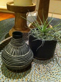 Black & white ceramics with airplants