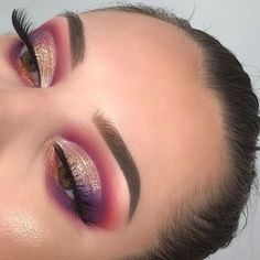 Make-up-Idee Pink Glitter, What is Makeup ? What is Makeup ? In general, what is makeup … Makeup Eye Looks, Beautiful Eye Makeup, Cute Makeup, Glam Makeup, Skin Makeup, Makeup Inspo, Eyeshadow Makeup, Makeup Art, Makeup Inspiration
