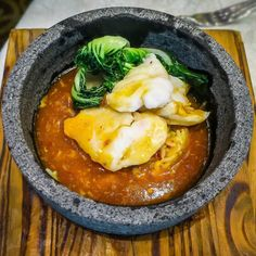Wok-fried rice with grouper in chef's special sauce at Royal Pavilion Cantonese Cuisine Restaurant     #sgeats #sgfood #sgrestaurant #royalpavilion #parkregishotel #ordinarypatrons