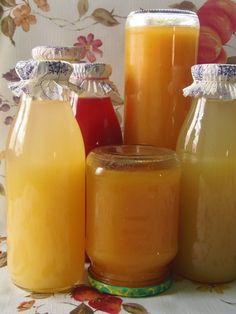 Hozzávalók: 2 kg alma 50 dkg répa 25 dkg cukor 2,5 l víz 1 teáskanál citromsav A megtisztított (kis lyukú resz...