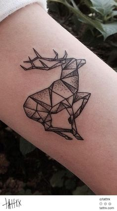 40 schöne Origami Tattoo Designs (im Trend) Bild Tattoos, Body Art Tattoos, Sleeve Tattoos, Arm Tattoos, Buddha Tattoos, Irezumi Tattoos, Tatoos, Geometric Tattoo Inspiration, Geometric Tattoo Design