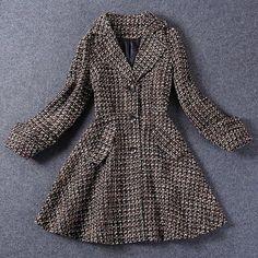 Vintage Lapel Collar Long Sleeves Single Breasted Pocket Long Coat For Women