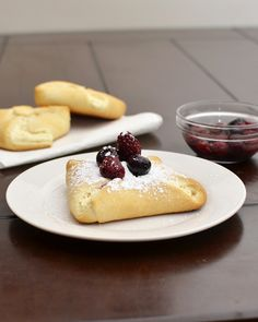 Easy cream cheese danishes that are perfect for a weekend breakfast or brunch #recipe