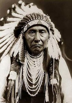 Hin-ma-toe Ya-lut-kiht (aka Thunder Rolling Over The Mountains, aka Chief Joseph, aka Joseph II) the son of Tu-eka-kas (aka Shooting Arrow, aka Joseph I) – Nez Perce – 1903
