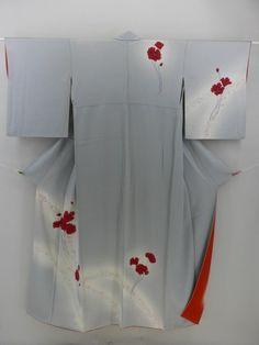 Pale Gray, Red and White Flower Pattern Tsukesage / 淡グレー地 赤い芥子と白い花のモダン柄 附下げ   【リサイクル着物・アンティーク着物・帯の専門店 あい山本屋】