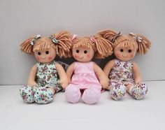 Molly Dolly & her friends are hanging out @kidstoredublin today waiting to go to their new homes  #mollydolly #ragdoll #handmadeclothes #linzyo #irishdesigner #insta #matching #childrenswear #prettyprints #prettydresses #toy #toocute #theperfectgift #dublinshopping #wearekidcollective