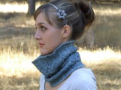 Ravelry: Grey Havens Cowl pattern by Maria Olson