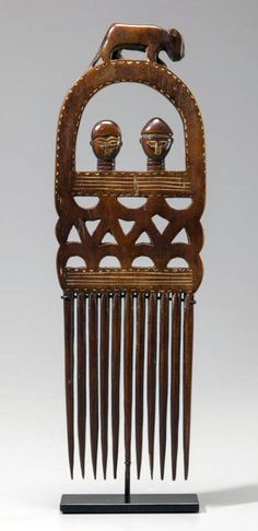 Africa | Comb from the Ashanti people of Ghana | Wood | 20th century