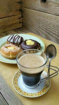 Coffee Vs Tea, Coffee Art, Coffee Break, Morning Coffee, Coffee Shop, Coffee Lovers, Chocolate Cobbler, Chocolate Coffee, Chocolate Lovers