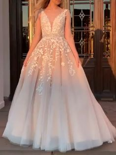 2019 Pink Prom Dress V-Neck Lace Appliques A-line Evening Gown, #yesbabyonline, #promdress Gorgeous Prom Dresses, Cute Prom Dresses, Long Prom Gowns, Tulle Prom Dress, Ball Dresses, Elegant Dresses, Pretty Dresses, Sexy Dresses, Tulle Lace