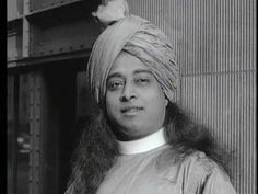Swami Yogananda - High Quality Video - Pershing Square New York