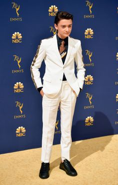 Noah Schnapp in Fendi See what all of your favorite celebrities wore as they hit the red carpet at the Emmy Awards 2018 tonight on NBC. My Future Boyfriend, To My Future Husband, Celebrity Red Carpet, Celebrity Crush, Fendi, Noah, The Emmys, Stranger Things Netflix, Schnapps
