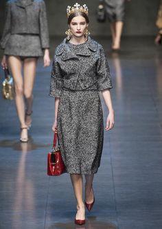 Les années 40. Défilé de #Dolce & #Gabbana, collection automne-hiver 2013-2014.