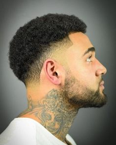 Top Afro Hairstyles for Men in 2019 (Visual Guide) Low Fade Curly Hair, Low Taper Fade Haircut, Temp Fade Haircut, Black Curly Hair, Curly Hair Men, Black Men Haircuts, Black Men Hairstyles, Afro Hairstyles, Hair And Beard Styles