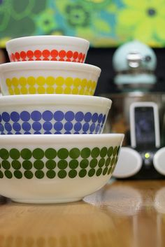 New Dots pyrex mixing bowls. red, yellow, blue (check), green