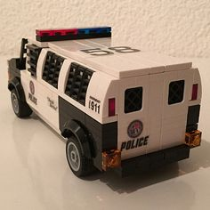 Custom Lego model by Florian Morgenthaler built in 2016 inspired by the video game GTA V Lego Police, Lego Military, Police Police, Lego Truck, Lego Tractor, Lego Soldiers, Lego Baby, Lego Fire, Amazing Lego Creations