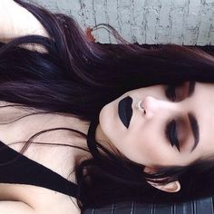 Image via We Heart It #blacklips #makeup #septum #tumblr #smokeyeye #makeuptips