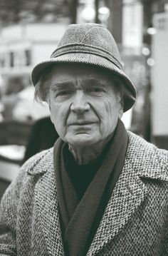 Emil Cioran, Writers And Poets, Book Writer, Loneliness, Artist Art, Portraits, Philosophy, Books, People