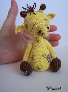 [SOLD] Little Giraffe / Teddy Bears & Pals / Teddy Talk: Creating, Collecting, Connecting