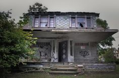 Abandoned house in East Cleveland, Ohio, where serial killer Anthony Sowell hid victims' bodies.